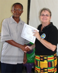 Pastor Sam the Karunga, Malawi KIMI coordinator receiving his certificate
